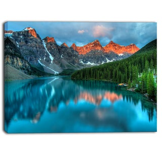 Designart - Moraine Lake Sunrise - Landscape Photography Canvas Print