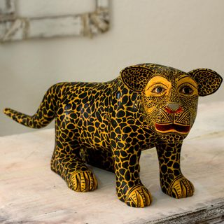 Handcrafted Pinewood 'Balam' Sculpture (Guatemala)