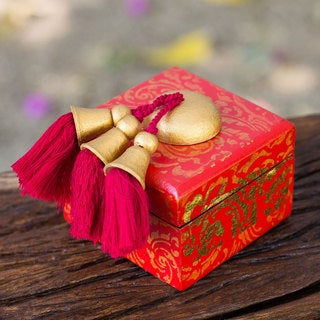 Handcrafted Wood 'Golden Wreaths on Scarlet' Jewelry Box (Thailand)