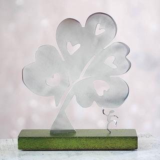 Handcrafted Aluminum 'Tree of Hearts I' Sculpture (Peru)
