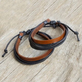Set of 2 Men's Leather 'Bold Contrast' Bracelets (Thailand)
