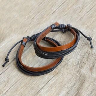 Handmade Set of 2 Men's Leather 'Bold Contrast' Bracelets (Thailand)