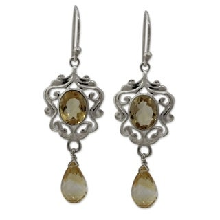 Handcrafted Sterling Silver 'Golden Dewdrops' Citrine Earrings (India)