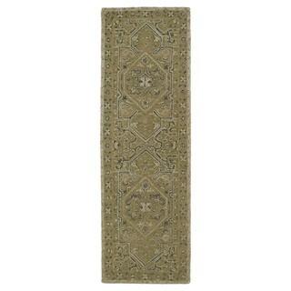 "Hand-Tufted Mi Casa Green Heriz Rug (2'6 x 8') - 2'6"" x 8'"