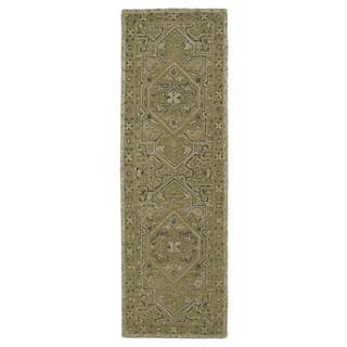 Hand-Tufted Mi Casa Green Heriz Rug (2'6 x 8')