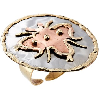 Handmade Mixed Metal Tri-color Bee Design Fashion Ring (India)