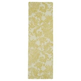 Hand-Tufted Mi Casa Gold Damask Rug (2'6 x 8')