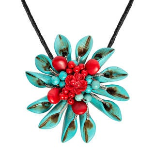 Handmade Exotic Daisy Flower Mix Stone Silk 2 in 1 Brooch Necklace (Thailand)
