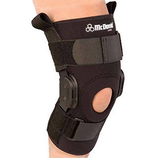 bdff2bdd9a Shop McDavid Classic 429 Level 3 Knee Brace with Polycentric Hinges (Black)  - Free Shipping On Orders Over $45 - Overstock - 11368305
