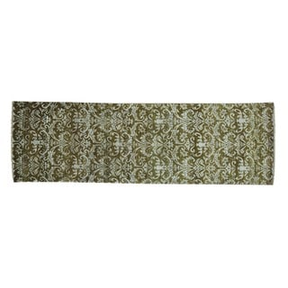 Wool and Silk Tone On Tone Damask Handmade Runner Rug (2'4 x 7'6)