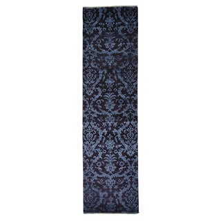 Damask Tone On Tone Wool and Silk Hand-knotted Runner Rug (2'7 x 9'6)