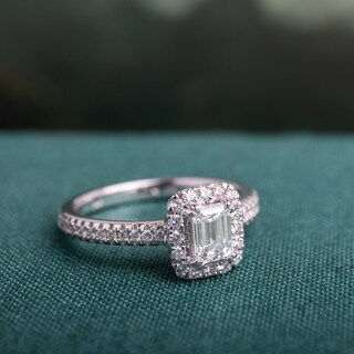 Miadora Signature Collection 14k White Gold 7/8ct TDW Emerald-cut Diamond Engagement Ring (G-H, VS1-VS2)