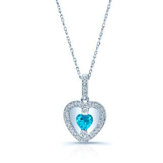 14k White Gold 1/6ct TDW Diamond and Swiss Blue Topaz Pendant Necklace (H-I, VS1-VS2)