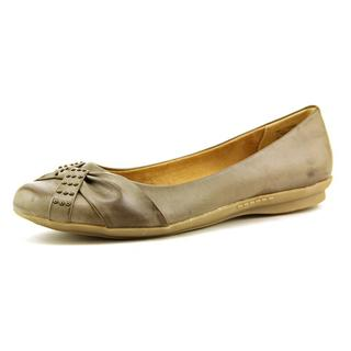 White Mountain Women's 'Highlife' Synthetic Dress Shoes