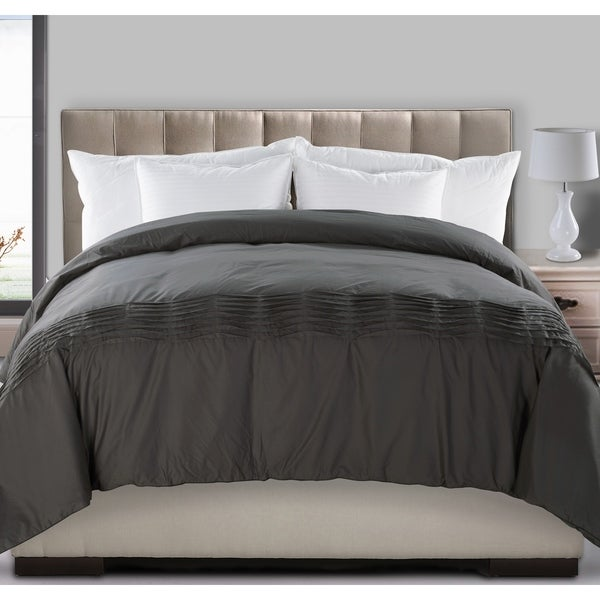 Fusion Pintuck 300 Thread Count 550 Fill Power All Season Down Comforter