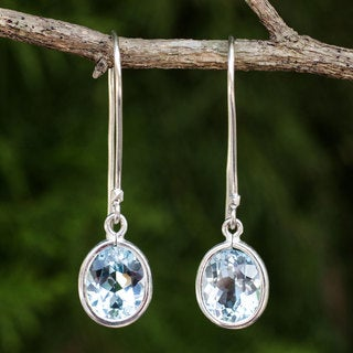 Handcrafted Sterling Silver 'Autumn Sky' Topaz Earrings (Thailand)