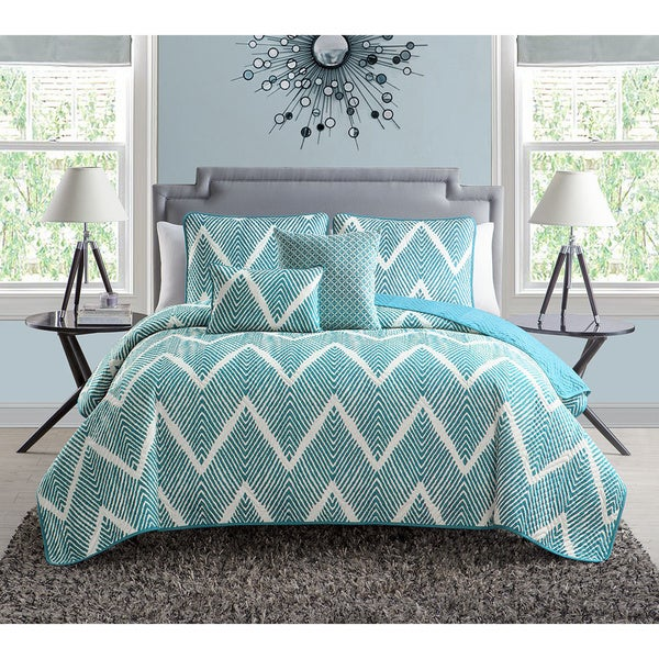 VCNY Mela Chevron 5-piece Quilt Set