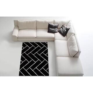 LYKE Home Contemporary Black Area Rug (5' x 7')
