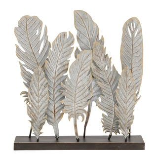 Simple Metal Feather Decor 20-inch x 21-inch Accent Piece