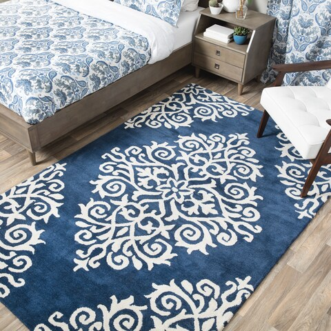 Andrew Charles Paisley Park Collection Exotic Navy Area Rug (5' x 8') - 5' x 8'