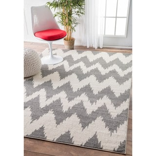 nuLOOM Power-Loomed Modern Ikat Chevron Grey Rug (4' x 6')