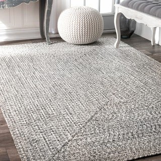 nuLOOM Handmade Casual Solid Braided Light Grey Rug (4' x 6')