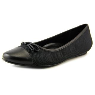 Vaneli Women's 'Seana' Fabric Dress Shoes