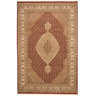 Herat Oriental Indo Hand-knotted Tribal Tabriz Wool and Silk Rug (6'8 x 10'2)