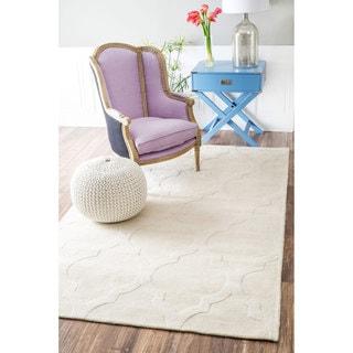 nuLOOM Handmade Abstract Raised Trellis Wool Cream Rug (4' x 6')