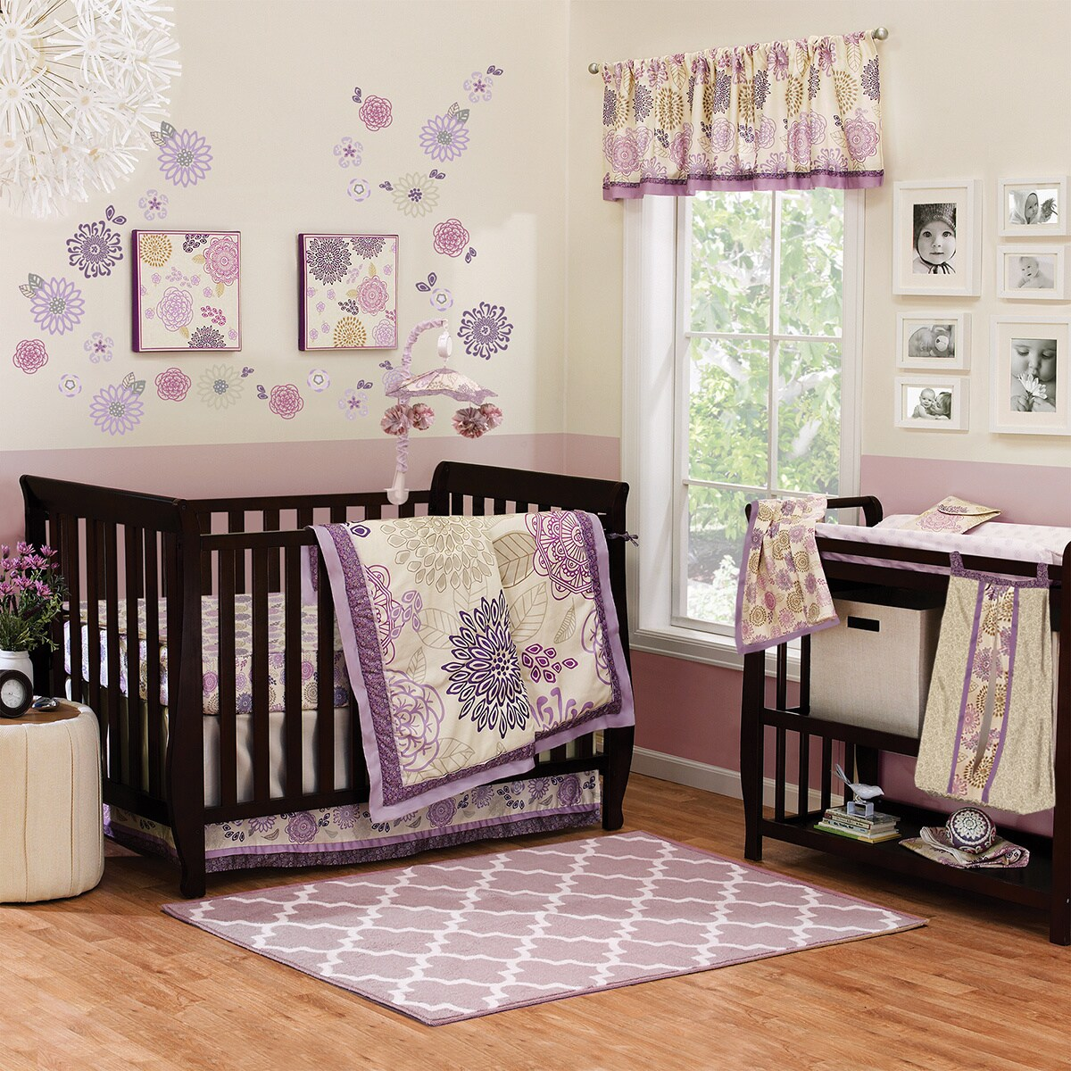Peanut Shell Dahlia 4-piece Girl Crib Bedding Set (Dahlia...