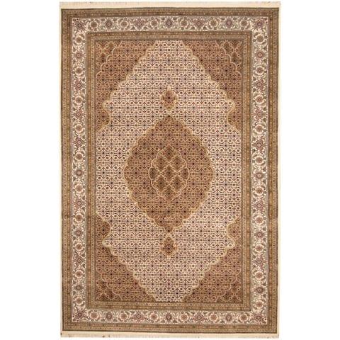 Handmade One-of-a-Kind Tabriz Wool and Silk Rug (India) - 6'7 x 9'9