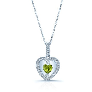 14k White Gold Peridot 1/8ct TDW Diamond Pendant (H-I, VS1-VS2)