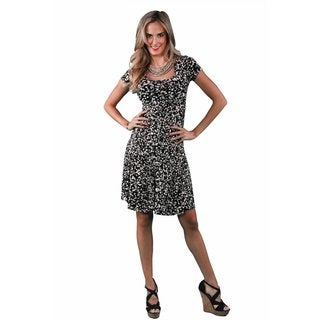 24/7 Comfort Apparel Women's Cream&Black Spot Printed A-line Dress