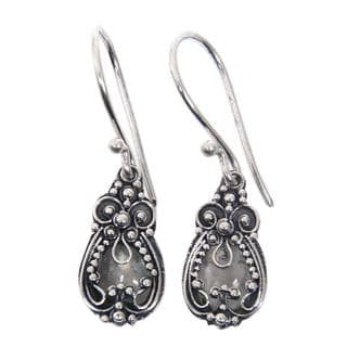 Handmade Sterling Silver 'Moon Flowers' Moonstone Earrings (Indonesia)
