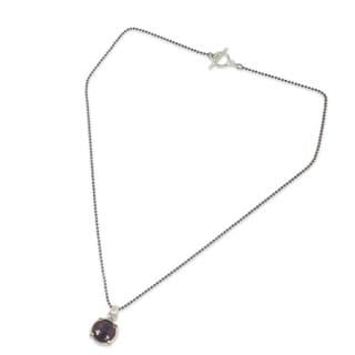 Handcrafted Gold Accent 'Bold Moon' Garnet Necklace (Thailand)