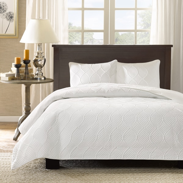 Madison Park Adelle Quilted 3-piece Coverlet Set