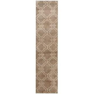 Herat Oriental Indo Hand-tufted Tibetan Beige/ Ivory Wool Runner (2' x 8')