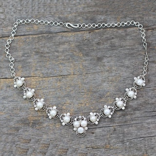 Handmade Sterling Silver 'Grand Romance' Pearl Zirconia Necklace (7 mm) (India)