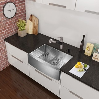 VIGO All-in-One 30-inch Stainless Steel Farmhouse Kitchen Sink and Branson Stainless Steel/Matte Black Faucet Set