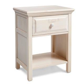 Mantua Arcadia White Glaze Nightstand|https://ak1.ostkcdn.com/images/products/11442142/P18402202.jpg?impolicy=medium