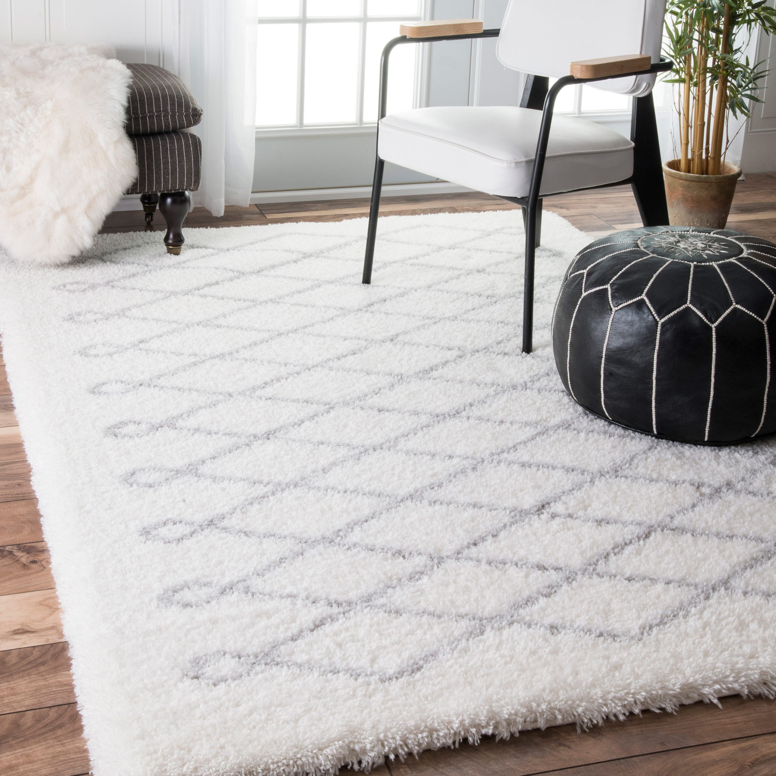 Shop nuLOOM Soft and Plush Cloudy Shag Diamond White Rug (5\'3 x 7\'6 ...