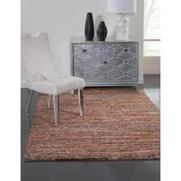 Elmwood Red/ Multi Olefin Area Rug by Greyson Living (5'3 x 7'6) - 5'3 x 7'6