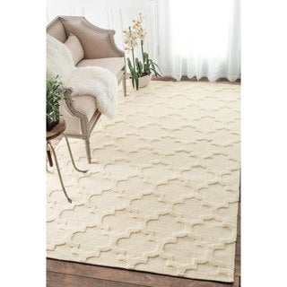 nuLOOM Luna Trellis Tone on Tone Fancy Ivory Rug (7'6 x 9'6)