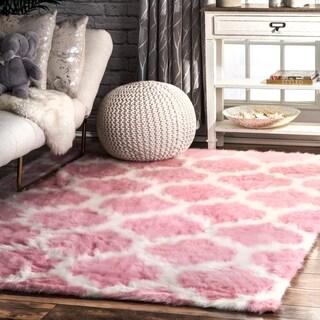 nuLOOM Cozy Soft and Plush Faux Sheepskin Trellis Shag Kids Nursery Pink Rug (4' x 6')