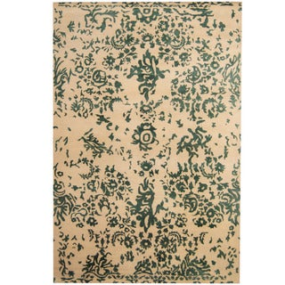 Herat Oriental Indo Hand-knotted Erased Wool and Silk Rug (6'6 x 9'9)