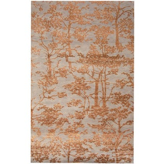 Herat Oriental Indo Hand-knotted Erased Wool and Silk Rug (6'5 x 10')