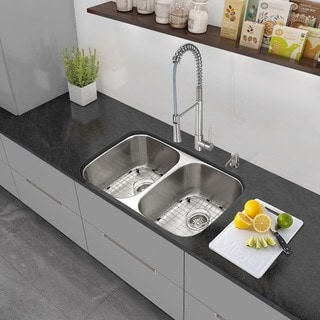 VIGO All-in-One 32-inch Stainless Steel Undermount Kitchen Sink and Laurelton Stainless Steel Faucet Set