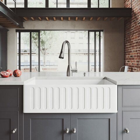 """VIGO All-In-One 33"""" Matte Stone Farmhouse Kitchen Sink Set With Aylesbury Faucet In Stainless Steel, Strainer And Soap Dispenser"""