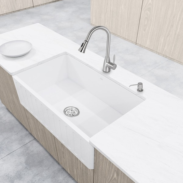 "VIGO All-In-One 33"" Matte Stone Farmhouse Kitchen Sink Set"