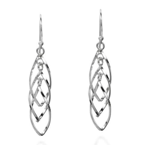 Handmade Layered Mobile Almond Shape Spiral Sterling Silver Earrings (Thailand)
